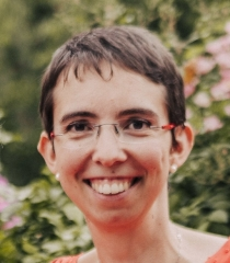Julie GIRARD