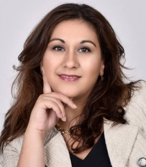 Arezu Roozbahani