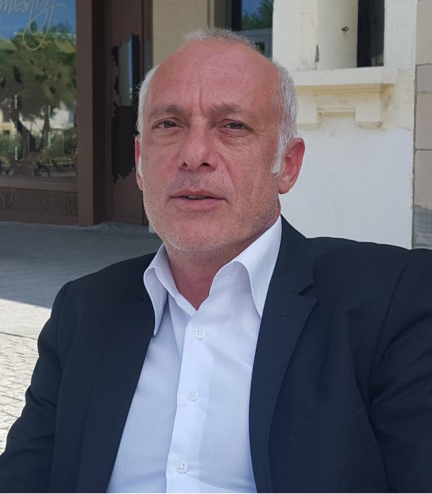 franck akermann - cv - directeur general